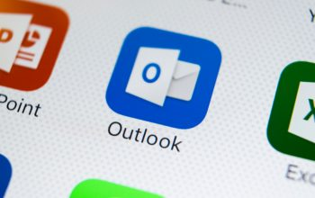 How many people use Microsoft Outlook?